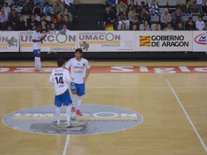 Amistoso entre Pinseque y Umacon Zaragoza