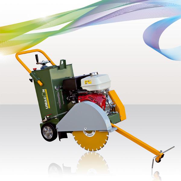 Cortadora de juntas utilizada para cortes longitudinales de asfalto y cemento.