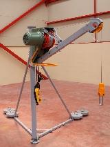 Elevador para construcción U-300 kg
