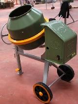 Hormigonera cemento modelo UL 155 dotada con motor eléctrico o gasolina - UMACON